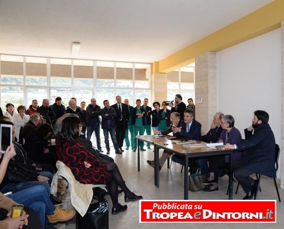 La sala della conferenza nell'ospedale di Tropea - foto Stroe