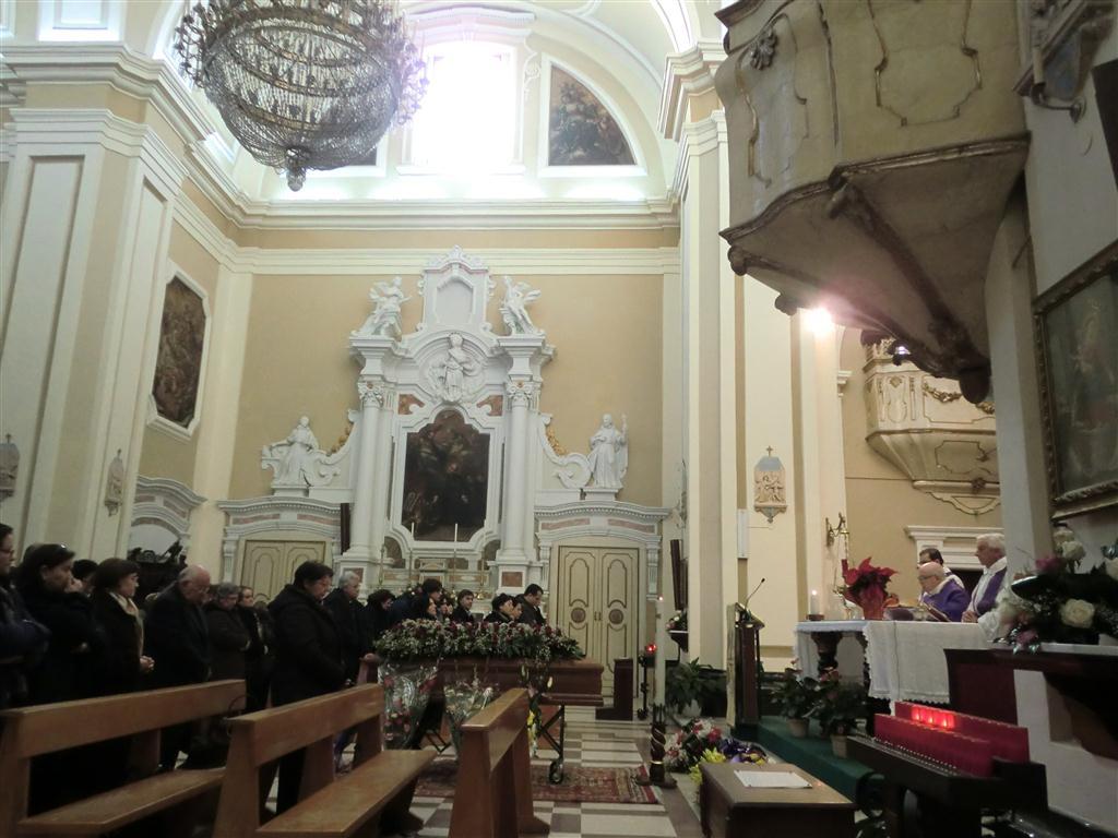 24 dicembre 2010 - Commossi funerali nella chiesa del Gesù.