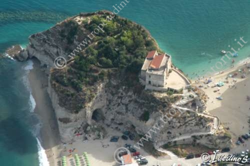 Foto aerea isola - foto Libertino