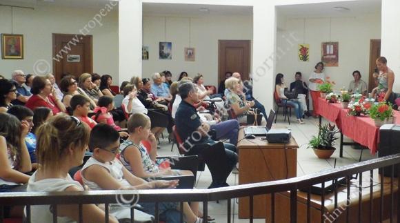 La gremita Biblioteca Comunale - foto Grillo