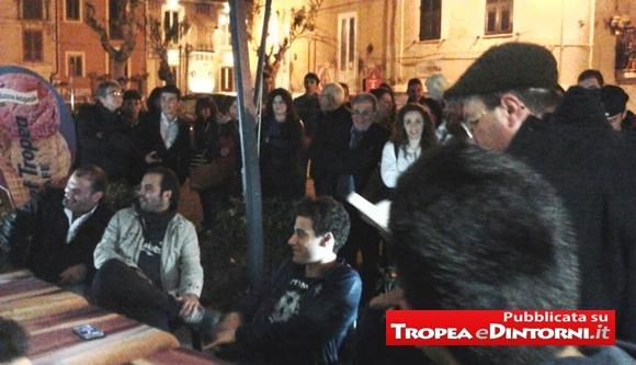 Il cenacolo si svolge ogni sera a Tropea intorno alle ore 22