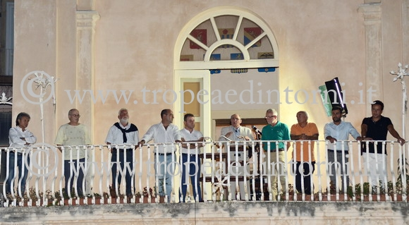 Il comizio di Gaetano Vallone in Piazza Ercole del 24-09-2012 - foto Libertino