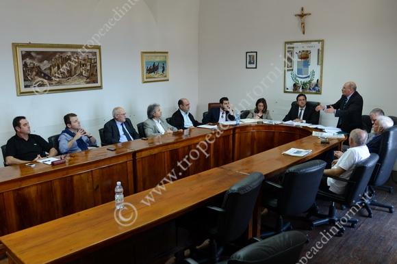 Il Consiglio Comunale  di oggi senza la minoranza - foto Libertino
