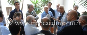 I consiglieri prima del consiglio - foto Libertino