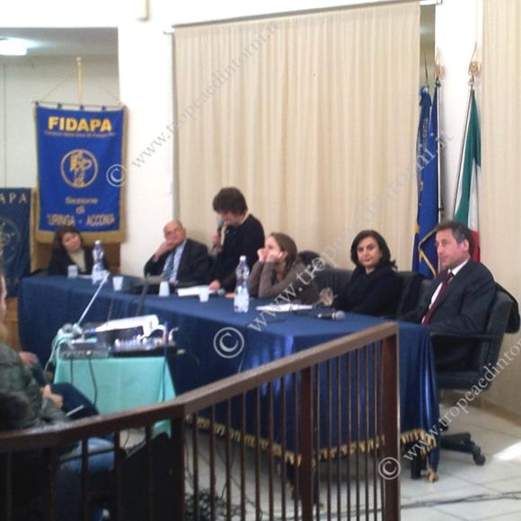 Tavolo dei relatori - foto Sorbilli