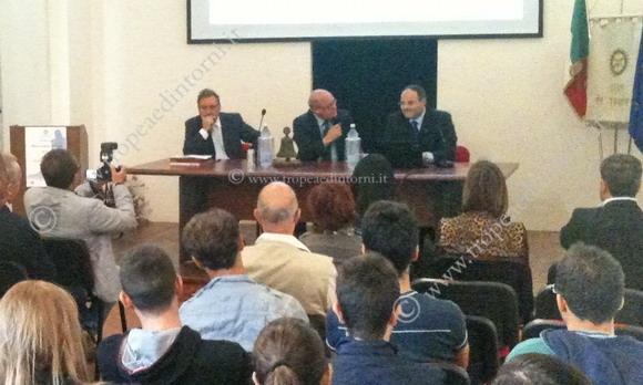 Convegno Rotary: i relatori, da sinistra: Streva, Lonetti, Ferrara - foto Barritta