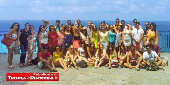 Foto di gruppo degli studenti AEGEE venuti a Tropea