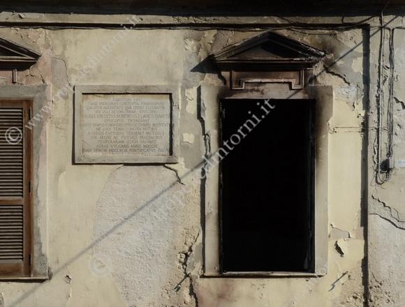 Ex Palazzo Vescovile di Tropea in largo Vaccari - foto Libertino