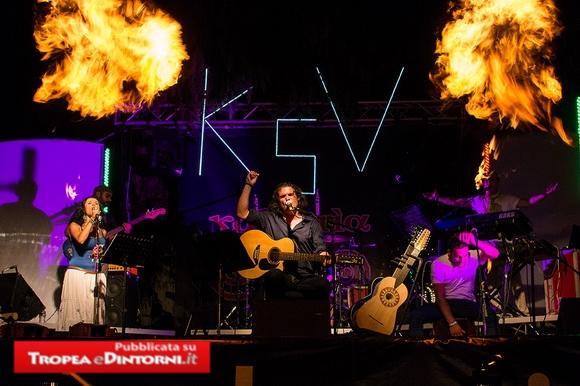 Kalavria in concerto venerdì 9 agosto 2013 alle ore 22:00 a Parghelia in Piazza Ruffa.