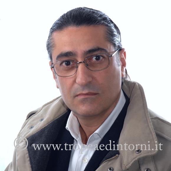 Il maestro Vincenzo Laganà, compositore e direttore d'orchestra - foto Libertino