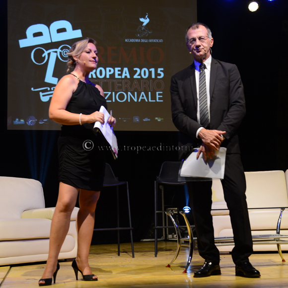 """Livia Blasi e Michele Cucuzza hanno presentato la IX edizione del """"Premio Tropea"""" - foto Libertino"""
