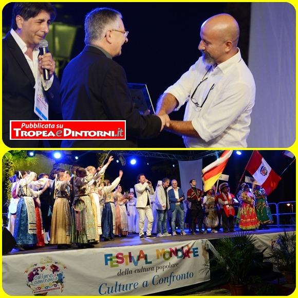Il vescovo di Mileto-Nicotera-Tropea, Luigi Renzo ha consegnato un riconoscimento al giornalista Tg2 Valerio Cataldi - foto libertino