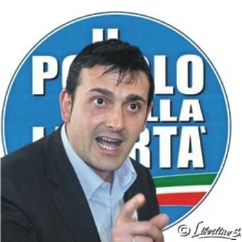 Avv. Giovanni Macrì Consigliere Provinciale Pdl Componente della Direzione Regionale del Pdl - foto Libertino