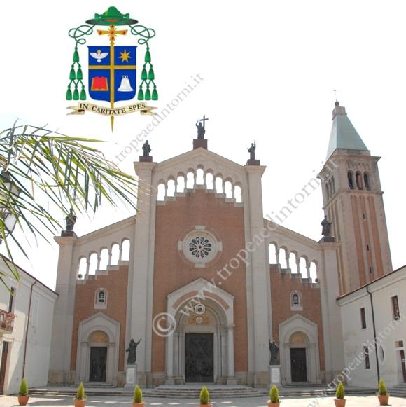 """La Cattedrale Di Mileto """"Basilica Minore"""" - foto Libertino"""