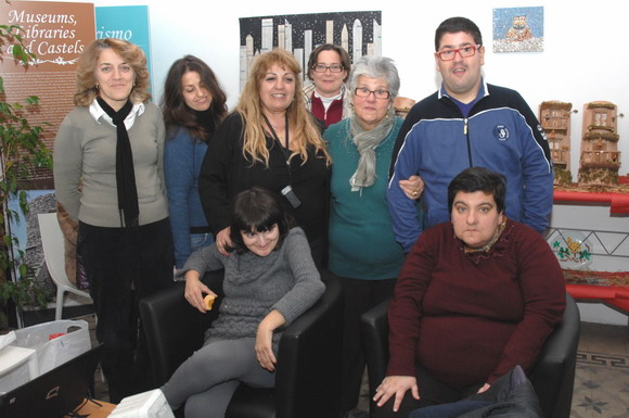 Gli assistenti ed i ragazzi del Centro di Solidarietà Don Francesco Mottola - foto Libertino