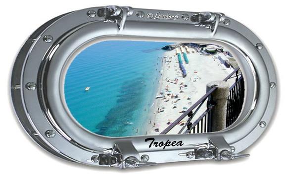 """Tropea, spiaggia """"Le Roccette"""" - foto Libertino"""