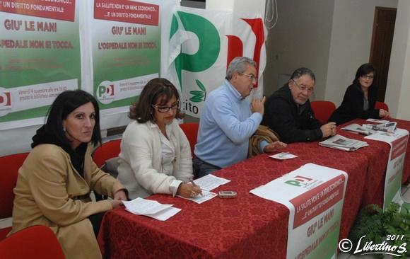 Al tavolo dei relatori: Seva, Ruffa, Euticchio, De Luca, Ruffa - foto Libertino