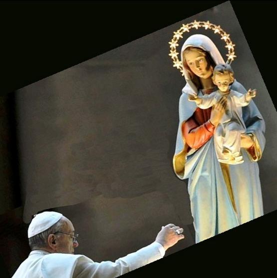 Papa Francesco dimostra la sua fede e il suo amore anche attraverso i segni della religiosità popolare: ciò lo ha reso subito accetto a tutti i fedeli del mondo.