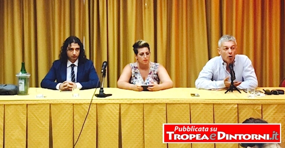I parlamentari M5s: Paolo Parentela, Dalila Nesci, Nicola Morra