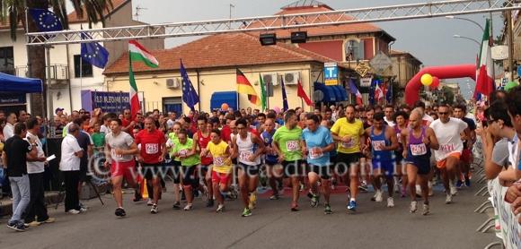 """Mileto: gara podistica internazionale """"La Normanna"""" - foto Sicari"""