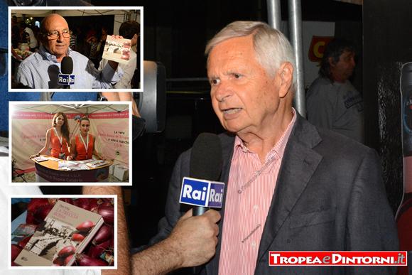 L'autore Pino Vita intervistato dalla Rai durante la presentazione del volume - foto Libertino