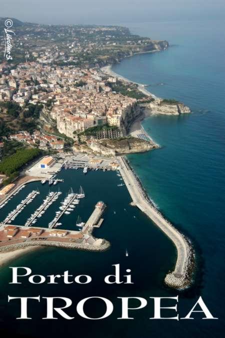 Veduta aerea del porto di Tropea - foto Libertino