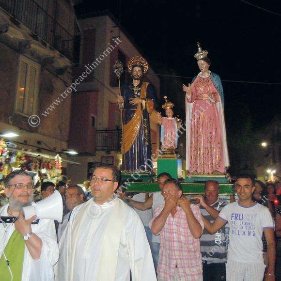 Tropea, processione Statue della Sacra Famiglia ed 2011 - foto Sicari