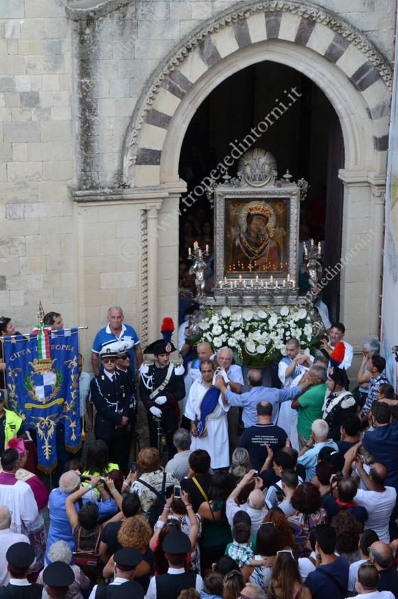La processione della Madonna di Romania del 2014 - foto Stroe