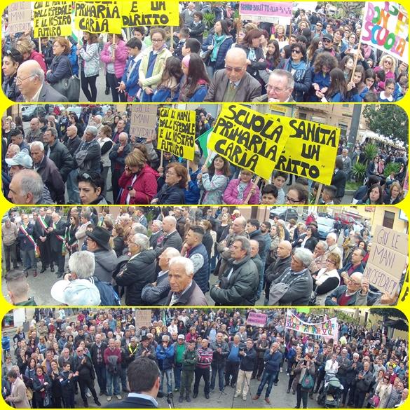 La manifestazione di protesta. Tropea 8 aprile 2016