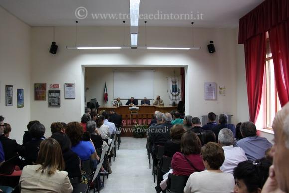 """La sala della conferenza presso scuola """"San Giovanni Bosco"""" - foto Scordamaglia"""