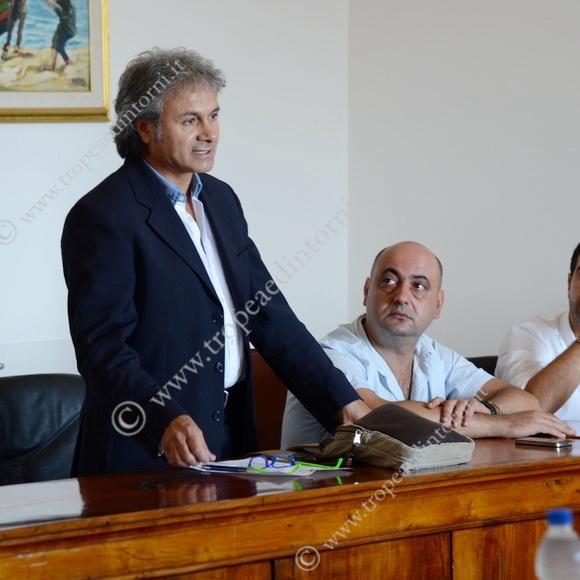 Mario Sammartino Capogruppo di Maggioranza, Lucio Ruffa Assessore alla Cultura - foto Libertino