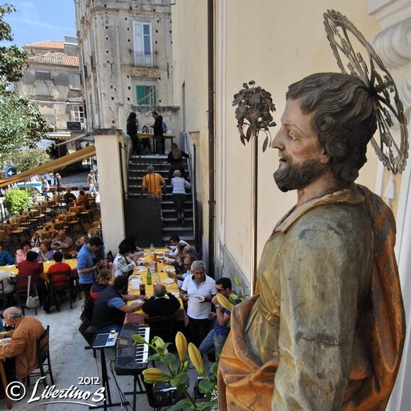 Festeggiato S. Giuseppe. Il pranzo dei poveri - foto Libertino