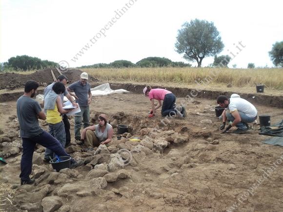 Gli scavi in località Torre Galli - foto Fusca
