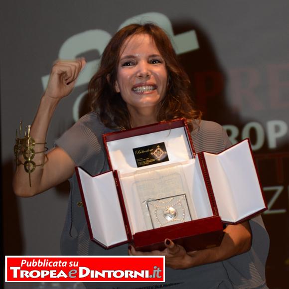"""Simona Sparaco vincitrice della IX edizione del """"Premio Tropea"""" - foto Libertino"""