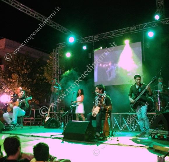 Il gruppo di musica popolare Zona Briganti - foto Sicari