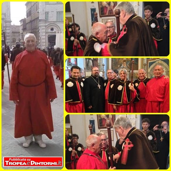 I novizi: Enzo Taccone di Tropea e Domenico Riolo di Crotone che sono stati accolti nella Confraternita di San Jacopo di Compostella con sede a Perugia.