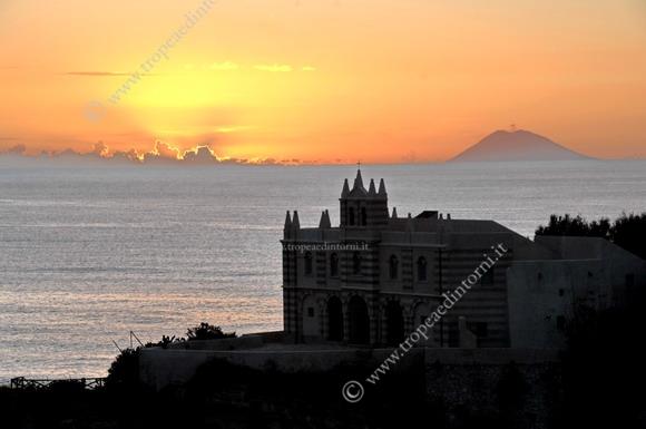 Tramonto sull'Isola di Tropea - foto Stroe