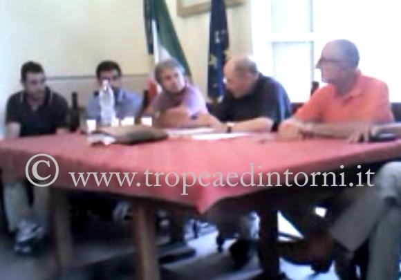 La conferenza stampa della maggioranza - foto Grillo