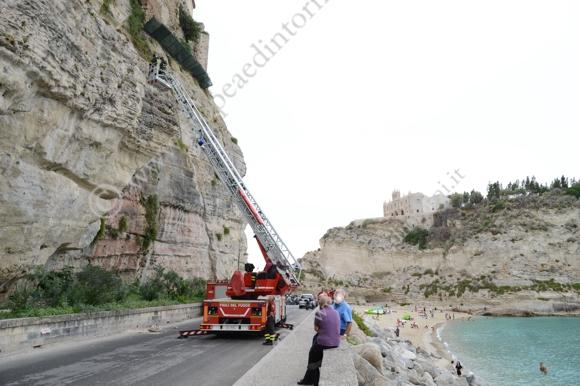Crollo Via Marina dell'Isola - foto Tropea