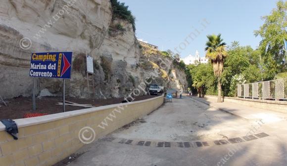 """Il """"Muro del pianto"""" - foto Libertino"""