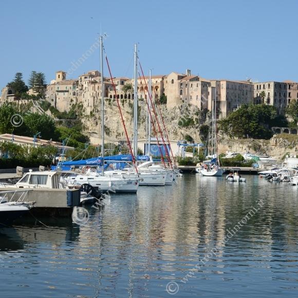 Tropea: porto - foto Libertino