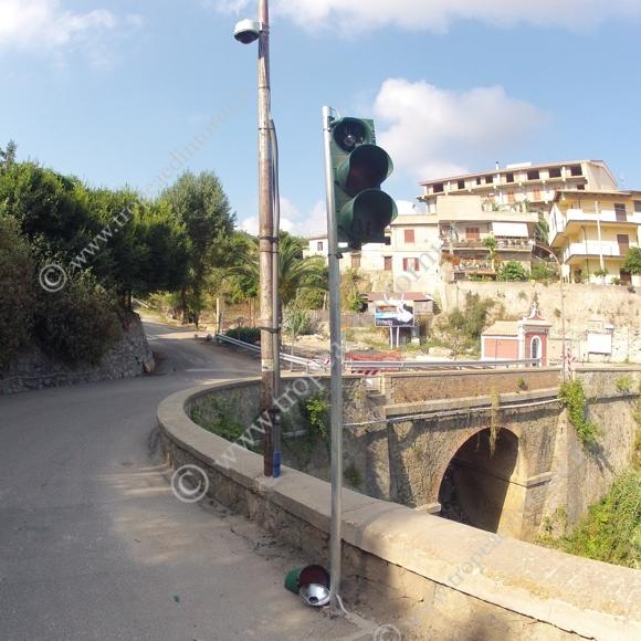 Via Carmine, la strada interessata alla risoluzione dell'emergenza - foto Libertino