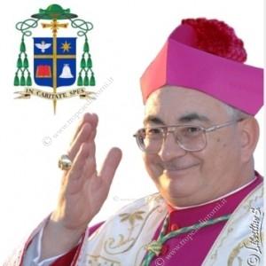 Il Vescovo di Mileto, Nicotera, Tropea. Mons. Luigi Renzo  - foto Libertino