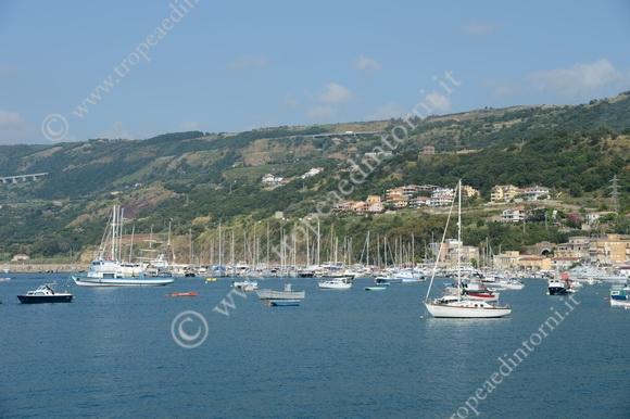 Veduta del porto di Vibo Marina - foto Stroe