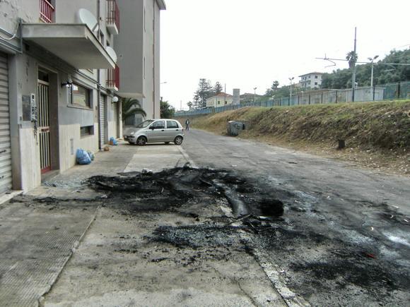 incendio auto sindaco Adolfo Repice