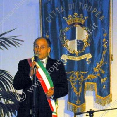 Il dimissionario Sindaco di Tropea Gaerano Vallone - foto Libertino